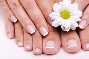 grow_nails_fast_natural_oils_for_nail_growth1